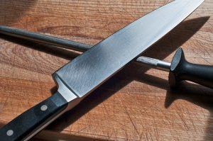 Messer mit Wetzstab