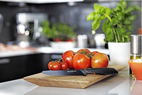Fiskars Tomatenmesser, Modernes Design, Gezahnte Klinge, Gesamtlänge: 25 cm, Qualitätsstahl/Kunststoff, Edge, 1003092 -